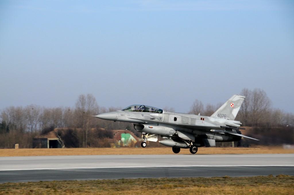 Z wizytą w bazie F16